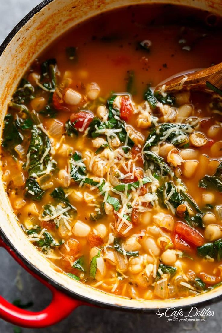 White Bean Parmesan Spinach Soup ready in 10 minutes.