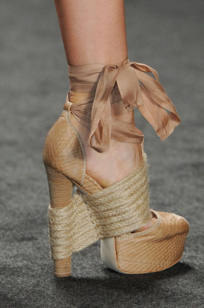 Best in Shoe: See Over 450 Perfect Pairs From the Spring '13 Runways: Vera Wang