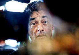 4-Dec-2013 18:27 - TWIJFEL OVER DOODSOORZAAK NICHTJE SPONG. Volgens een deskundige is het voorlopig waarschijnlijker dat Vivica Spong, nichtje van strafpleiter Gerard Spong, van de trap is gevallen dan dat...