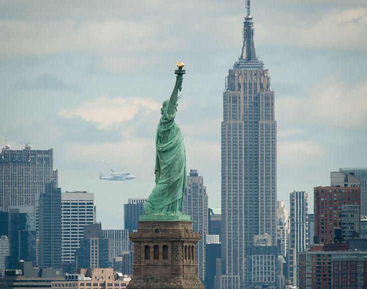 It's a bird! It's a plane! It's the Shuttle Enterprise on a plane...?: Spaces, Statue Of Liberty, Favorite Places, Shuttle Enterprise, New York, Newyork, Photo, Space Shuttle