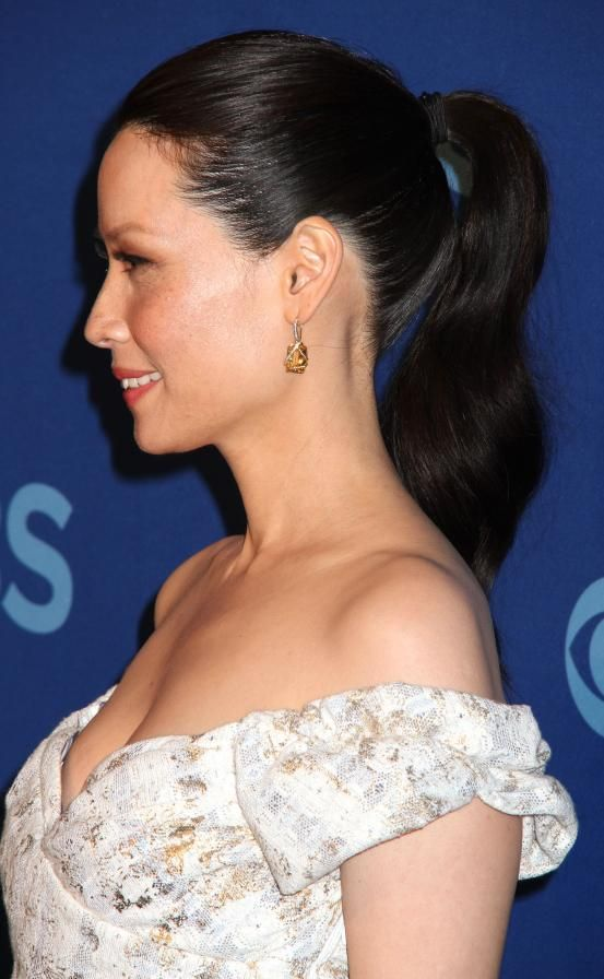 Lucy Liu - Hollywood inspired ponytails (via Flair.be http://www.flair.be/nl/kapsels/300149/hollywood-loves-ponytails-15-x-inspiratie)
