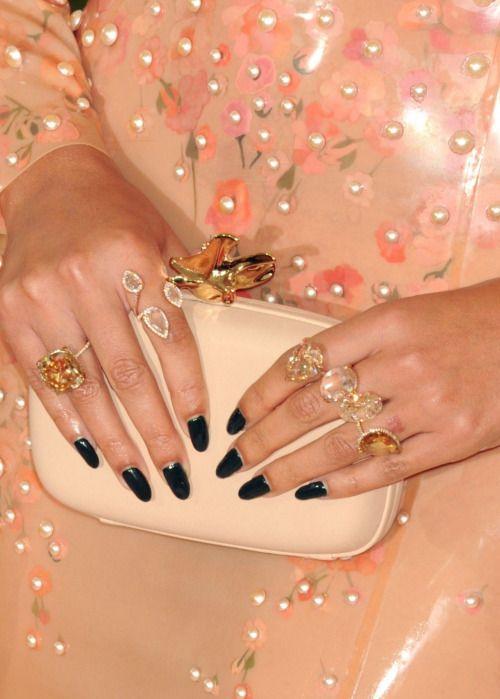 beyoncefashionstyle: Jewelry by Lorraine Schwartz