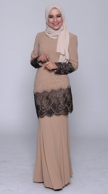 Kurung moden with lace