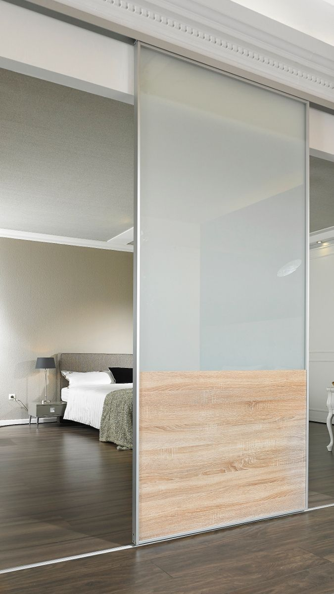 Dressing Room With Sliding Elements For Room Separation Made To
