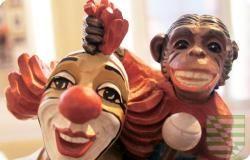 Das #Clown-#Museum präsentiert die spannende #Geschichte der Clowns von der #Antike bis zur modernen #Komik in Ausstellungen und Veranstaltungen.