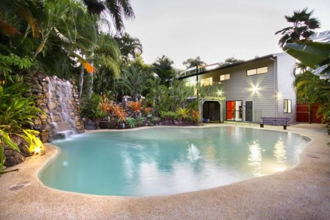 *NEW LISTING* Wildlife Holiday, a Airlie Beach House | Stayz