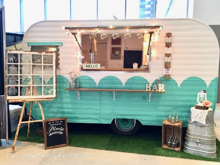 All set to go at The Peachy Green Sidecar debut! I can't believe my dream of renovating an old vintage trailer has come true and I now have a mobile bar for hire to add to the Peachy Green Events business and rentals, years of dreaming and I am one lucky lady to have a husband willing to help me with my crazy dreams!