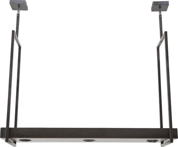 Verlichting Vorm is een eigentijdse hanglamp met een praktische insteek. Terwijl de 3 kantelbare spots voor verlichting zorgen, kunt u óp de lamp servies of decoratie plaatsen. Of u deze lamp nu hangt in een traditioneel of modern interieur, u haalt met Vorm altijd een stijlvolle eyecatcher in huis.