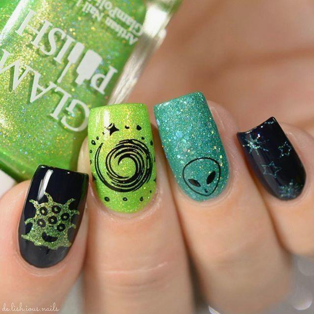 Very On Trend Alien Nail Art Tutorial Alien Nails Nails Halloween Nails