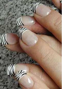 Uñas francesa zebra