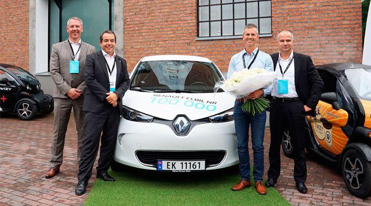 Renault entrega llaves de su vehículo eléctrico Nº 100.000: http://automagazine.ec/ http://automagazine.ec/renault-entrega-llaves-de-su-vehiculo-electrico-no-100-000/