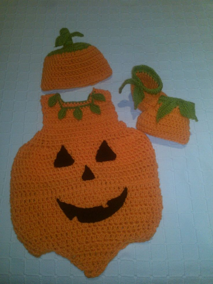 Halloween, disfraz de calabaza bebé a crochet