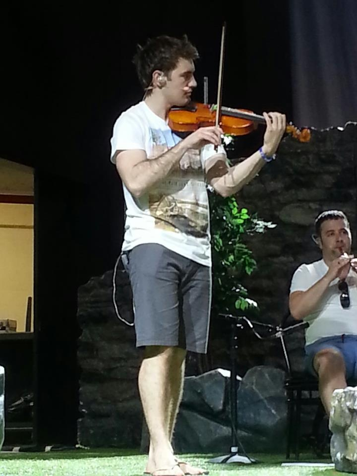 Are the members of Celtic thunder married