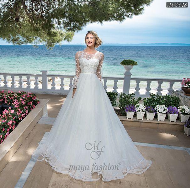 Rochie de mireasa M36.18 face partea din colectia Dreams. Fa-ti o programare la Maya Fashion rochii de mireasa Cluj acum la 0755.708.789!