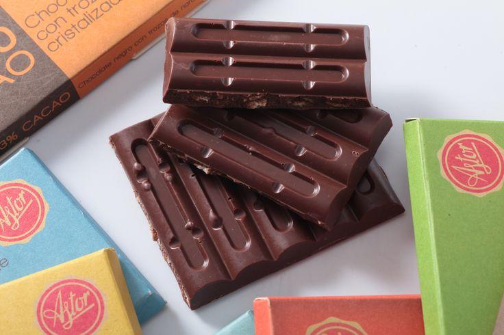 """Domingo de antojo... Disfruta hoy de nuestras deliciosas """"BARRAS DE CHOCOLATE """" de la #reposteriaastor ... No te arrepentirás  www.elastor.com.co"""