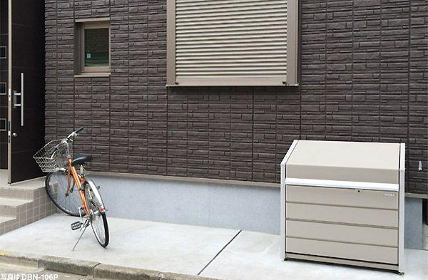 イナバのダストボックスの利用風景。ダストボックスmini