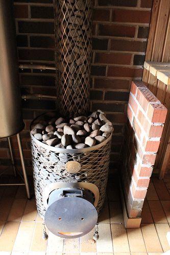 It takes village to build a sauna | Saunaflow