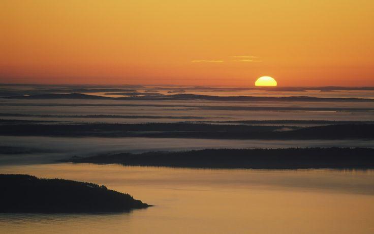 Watch America's first sunrise on Cadillac Mountain, USA