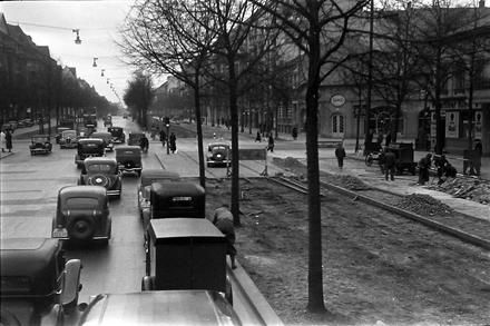 Berlin: Baubeginn; Bismarckstraße am Knie (1937)