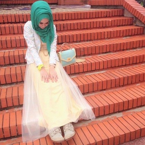 (4) Tumblr hijabi green and yellow white blazer