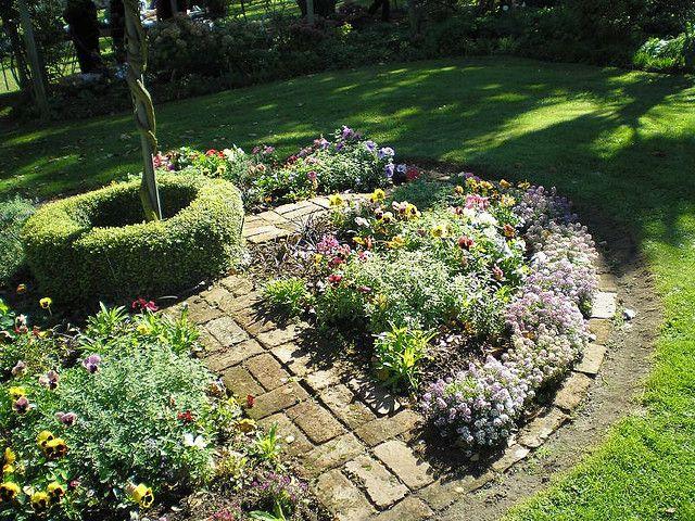 Franklin House gardens | Flickr - Photo Sharing!