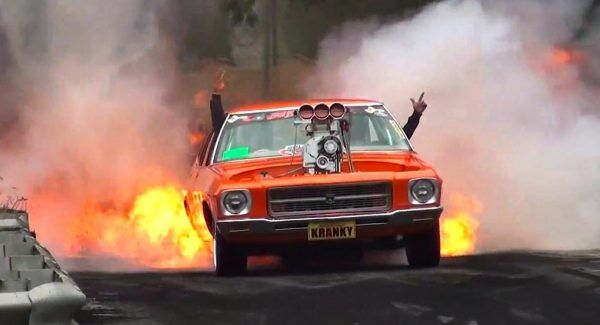 Holden HQ 1971 - The Most Epic Burnout Ever