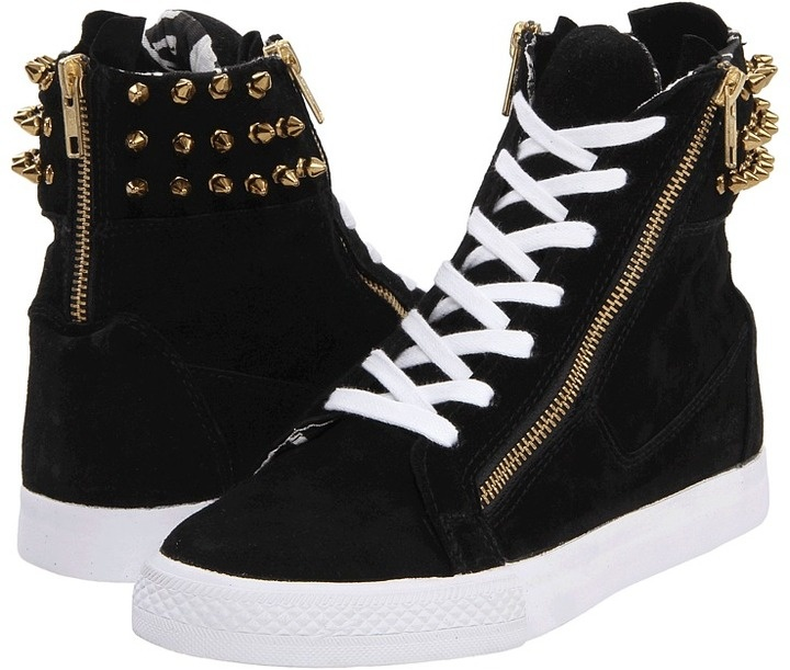Love anything with spikes, especially these rock chick looking kicks!