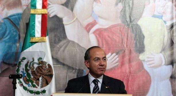 Inaugura Felipe Calderon exposicion de Fernando Botero