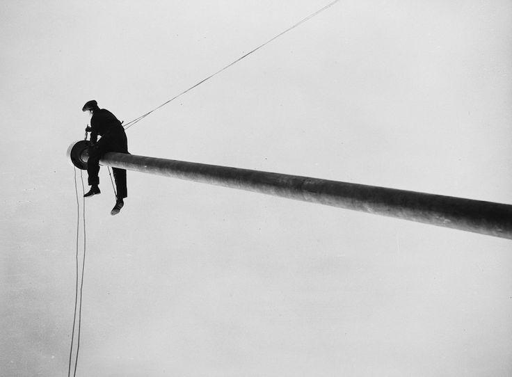 Fox Photos :: The Flagpole, 1936