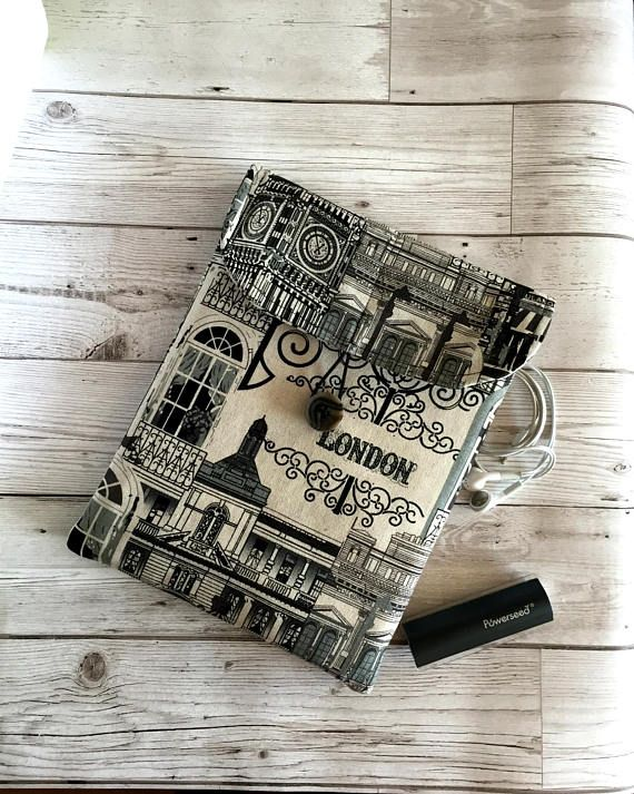 Tablet Case IPad Case Soft Tablet Cover Kindle 10 Cover #fabrictabletcase #ipadcover #paddedtabletsleeve #handmadetabletcase #ipadcase #mansipadcover #tabletaccessory #techaccessory #ipadsleeve #tabletsleeve #tabletcover #kindle10cover #londonlandmarks #giftforhim