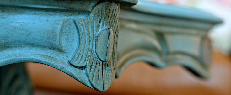 Η υγρή κιμωλία είναι ένα ακρυλικό χρώμα που χρησιμοποιείται στην διακόσμηση εσωτερικών και εξωτερικών χώρων. Ονομάζεται έτσι επειδή δίνει μια βελούδινη και ματ υφή όπως ακριβώς και η κιμωλία, από τ…