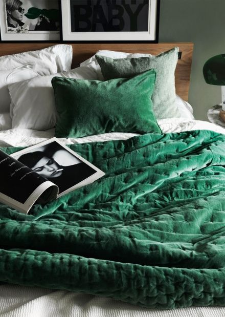 Paolo Bedspread – Meadow Green | Autumn | Bedding | Bedspreads | Collections | Essentials | Linum