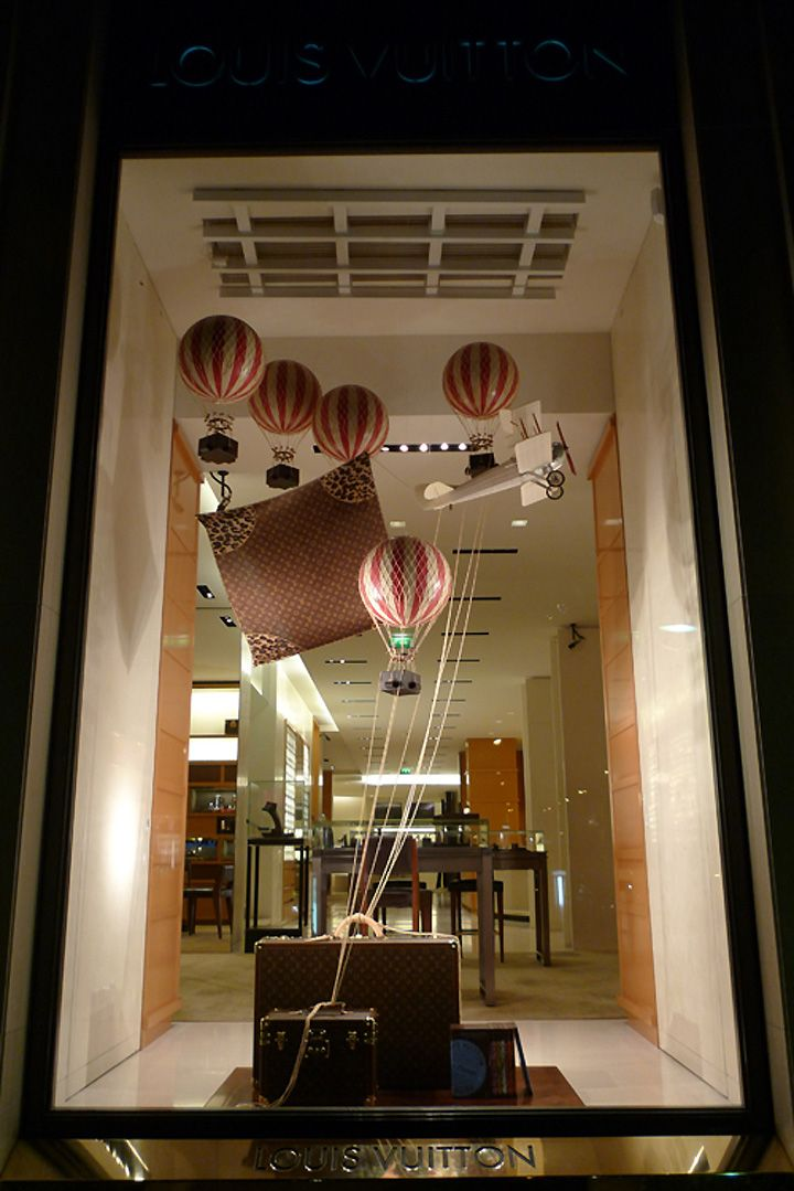 On the sea and in the air with Louis Vuitton visual merchandising