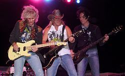 Poison (band) Bret Michaels - Wikipedia, the free encyclopedia