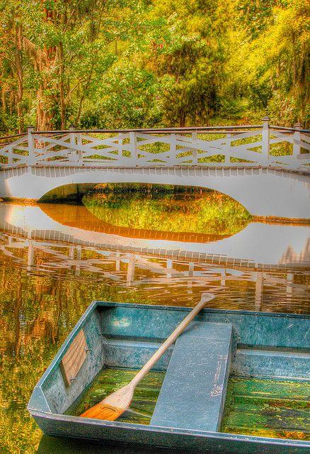 Magnoiia Gardens, South Carolinahttp://www.stopsleepgo.com/vacation-rentals/south-carolina/united-states