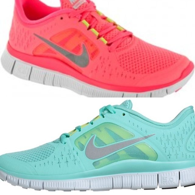 LoveWomen Running Shoes, Awesome Nike Shoes, Awesome Shoes, Nike Free Running, Mint Nike, Nike Running, Nike Free Runs, New Shoes, Tiffany Blue Nike