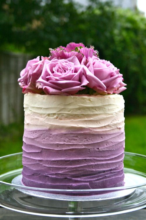 PANTONE Color of the Year 2014 - Radiant Orchid desserts - Wedding Cake