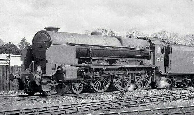 BR (Southern) Lord Nelson class 4-6-0 No 30856 'Lord St Vincent'
