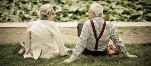 Why Online Dating Sites Are More and More Popular For Singles Over 50?