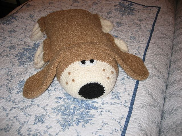Free Crochet Patterns For Pillow Pets : Hound dog pillow pattern free Crochet : Pets Pinterest ...