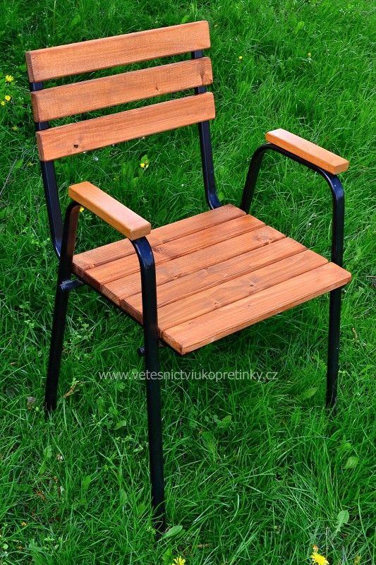 Zahradní stohovatelná #židle  #vetešnictví #bazar #bazarnábytku #junkshop #vetesnictviukopretinky