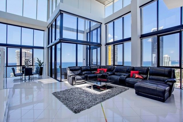 Incredible Penthouse Apartment: Broadbeach, Gold Coast: Sophisticated design and lifestyle.  $4,200,000 AUS