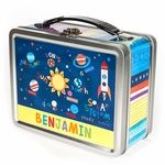 Our personalized lunch boxes make your child feel special every day! Each one of our lunch boxes features your child�s name on multiple sides. On the inside lid, there�s a chalkboard where you can write a personalized note to your child each morning!Safe for storing food, our lunch boxes are made of tin and contain no lead. They�re also great for storing toys and other treasures!Hand wash with dish soap. Do not put into dishwasher. Does not include chalk.Gender and ages:Boys and Girls ages…