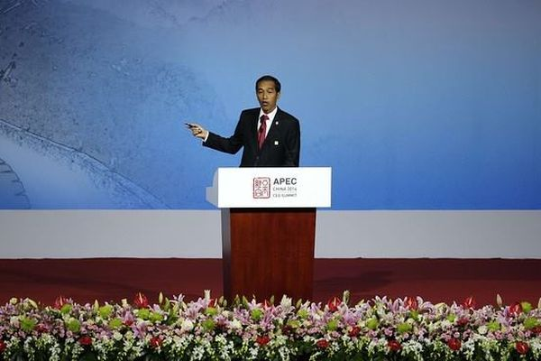 Jokowi Pidato Tanpa Teks di hadapan CEO APEC Summit, Beijing.