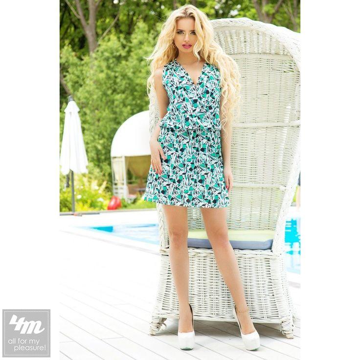 Платье SwirlBySwirl «SbS 71189» Для выбора цвета и размера - перейдите в интернет-магазин:  http://lnk.al/24Oz Стильное платье с запахом станет находкой для девушек с разным типом фигур. Свободный крой позволит скрыть все недостатки и одновременно подчеркнуть главные достоинства. Легкая резинка на талии создаст дополнительный комфорт. Эта модель для девушек, которым есть что показать и которые хотят быть в центре всеобщего внимания. Все ткани высококачественные из ОАЭ. Обратите внимание на…