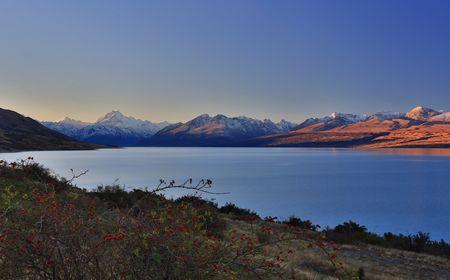 Lake Pukaki, Canterbury, New Zealand - Sunset on Pukaki Photo by Emanuele Del Bufalo