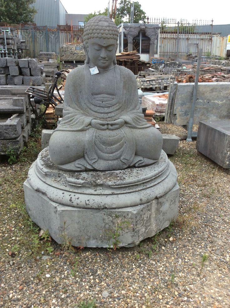 Te koop bij medussa grote zittende boeddha in lavasteen for Grote spiegels te koop