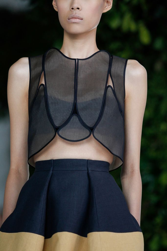 Style - Minimal + Classic: Delpozo 2014