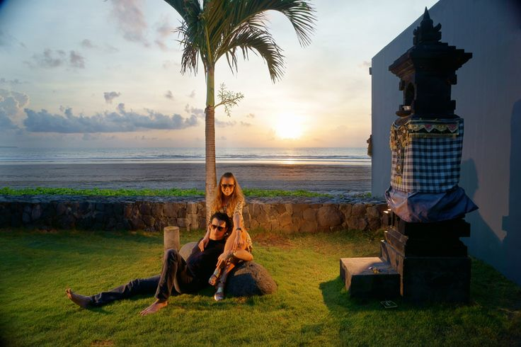 Sunset at beachfront Luna2 private hotel, Bali. Styling by Melanie Hall. #luna2 #bali #sunset #melaniehalldesign
