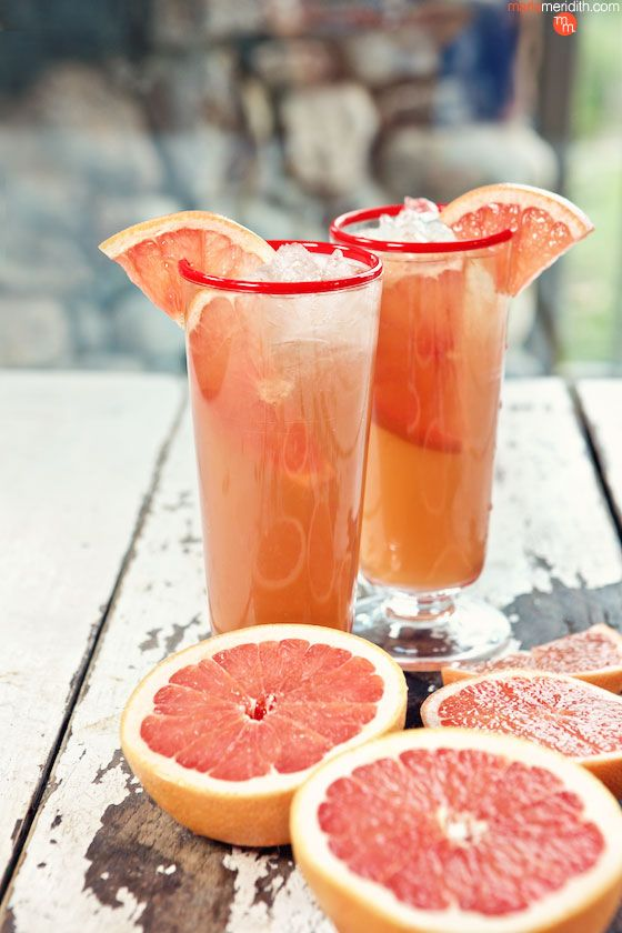 Grapefruit Wine Cooler Cocktail | MarlaMeridith.com ( @marlameridith )